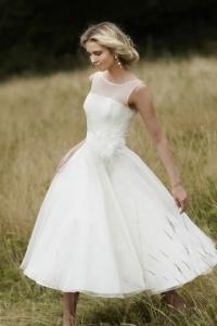 Schönes Ivory A Linie Wadenlanges Brautkleider