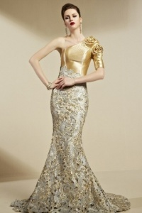 Luxus Langes Abendkleider in Gold-Persunkleid