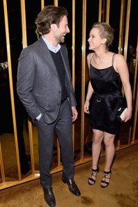 Bradley-Cooper-Jennifer-Lawrence-Vogue-23Mar15-Getty_b_320x480