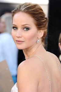 jlawrence_beauty_v_25feb13_pa_b_320x480