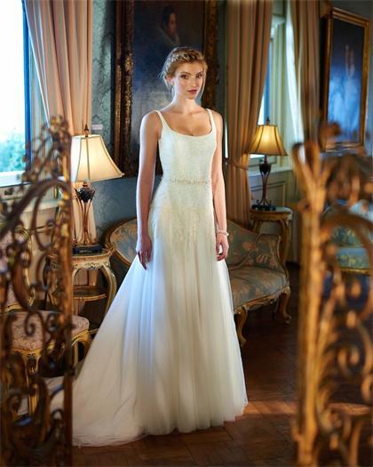 Elbeth-Gillis-wedding-dresses-3-12022015-km